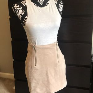 Faux suede soft skirt with zipper detailing